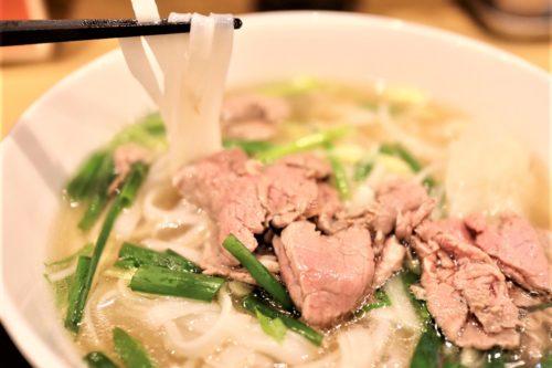 ベトナムで人気のフォー専門店が日本初上陸!「フォーリークォックス熊本」のフォーが圧倒的な美味しさ。