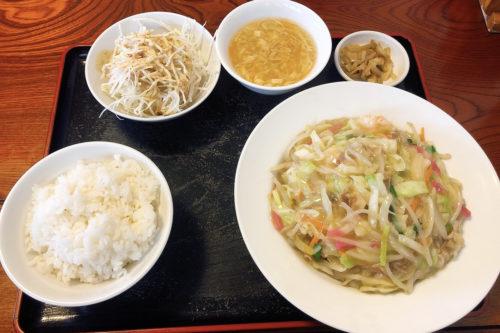 中華料理屋「栄達」の日替わりランチのコスパが最強だった。