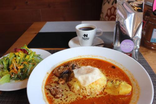 コーヒー店が出す本格的なスリランカカレーが思いのこもった1品だった